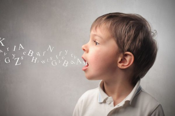 behandeling logopedist kinderen spraakgebrek spraakstoornis